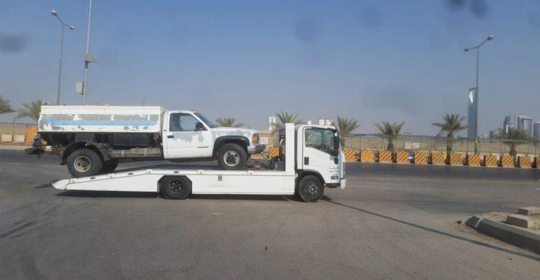 سطحه في الرياض لنقل جميع أنواع السيارات والشحنات الثقيلة سطحة الرياض 0537799400